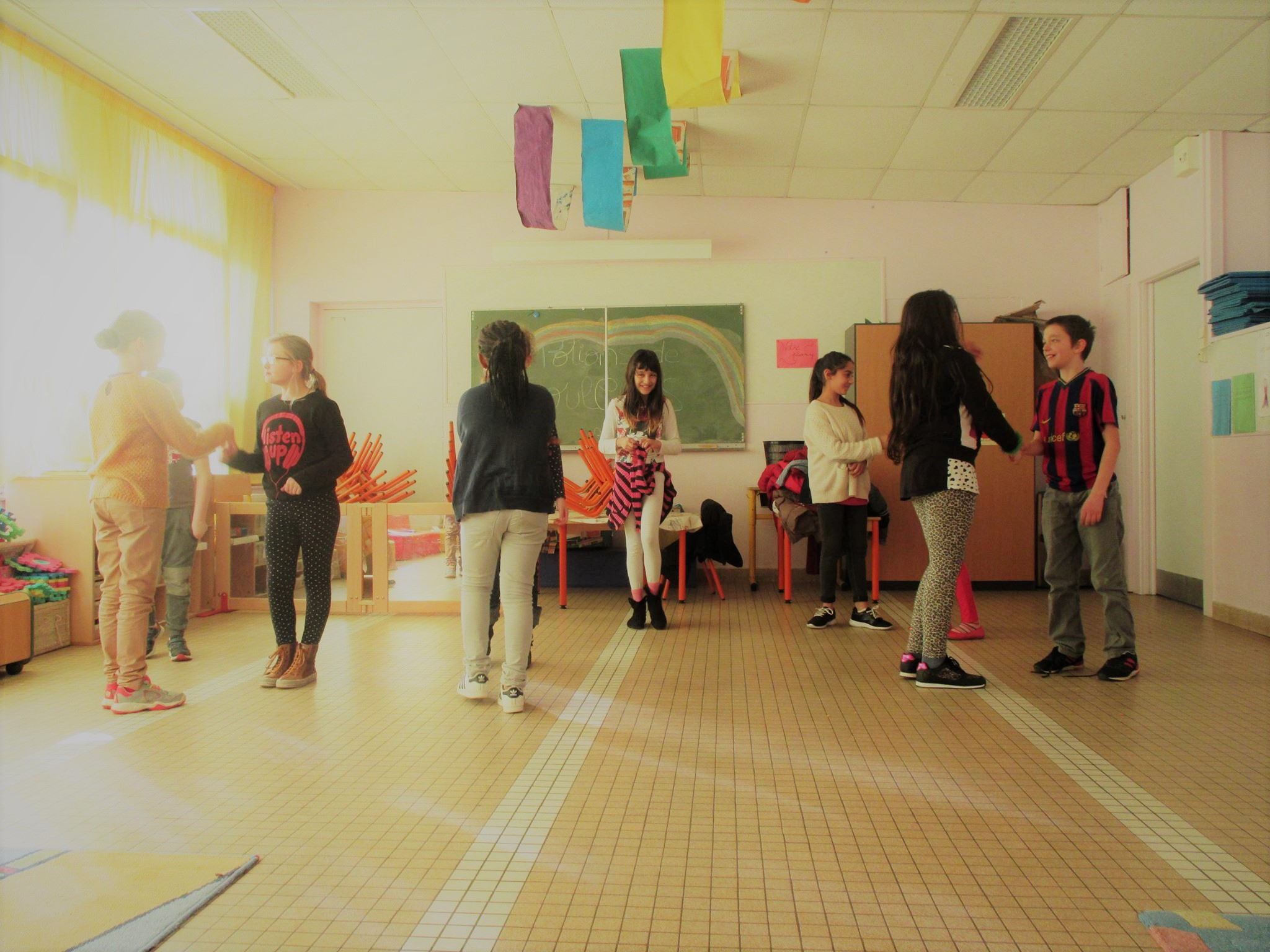 des parcours d'éducation artistiques en écoles et collèges